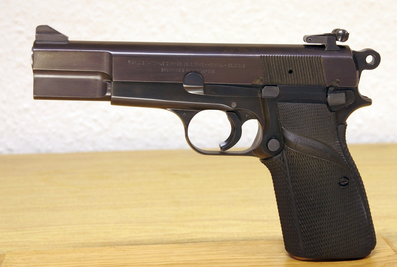 FN Browning HP (franz. GP) Sport