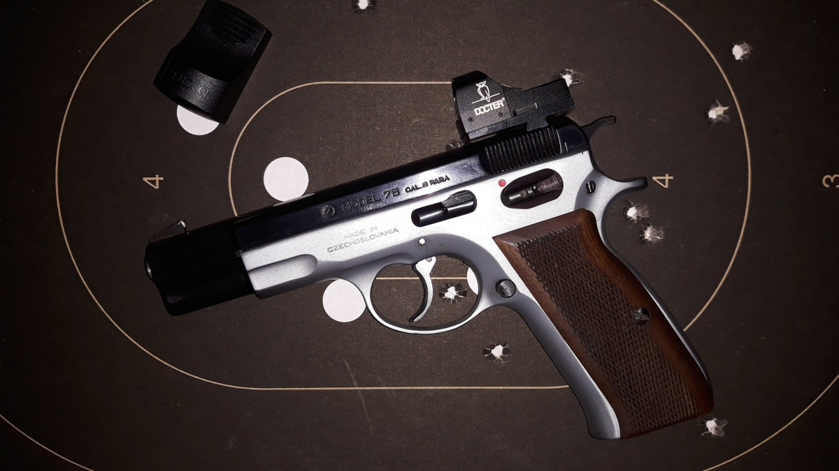 CZ75 mit Docter Sight