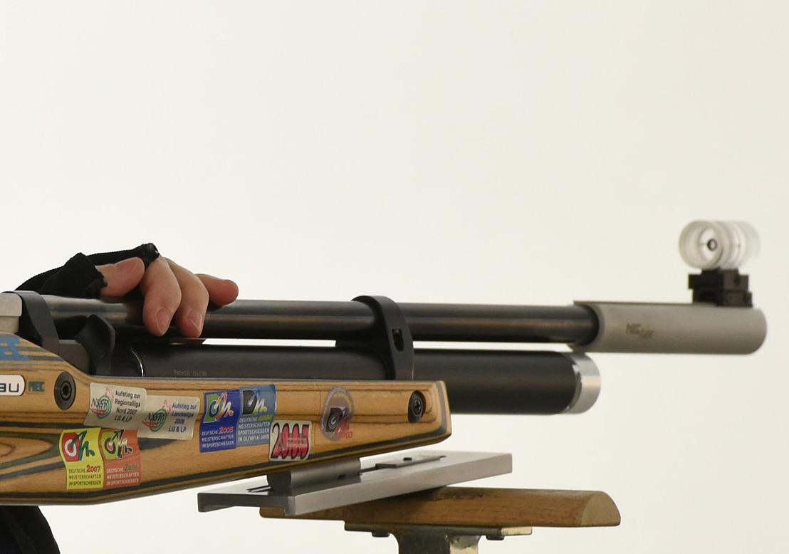 schraeger-gewehrkeil